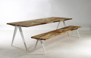 Table T004 + Bench B004